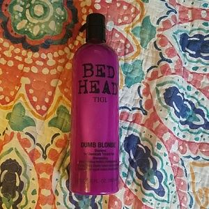 25 oz Tigi dumb blonde shampoo